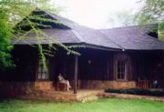 Ilse vor der Lodge