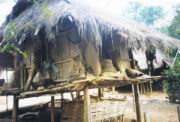 Hütte der Akha